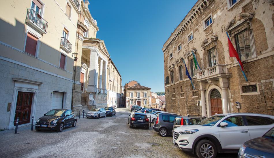 piazza-stracca-ancona