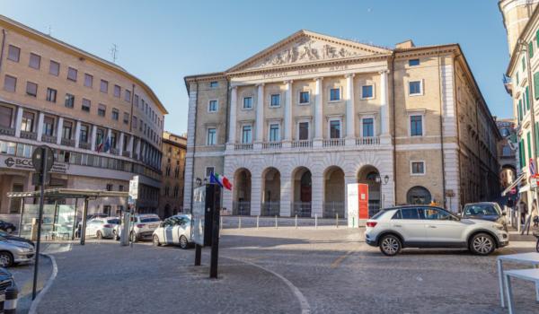 piazza-della-repubblica-ancona